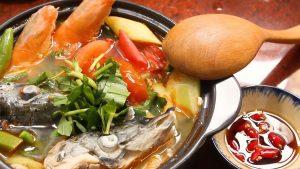 Cách làm canh chua cá hồi
